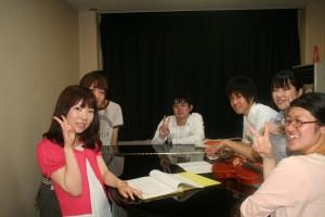 鍵盤の会の皆さん(ツマガリさん:一番左)