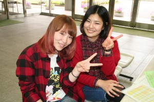 ノザキさん(左)とイ ヒョンジンさん(右)です!