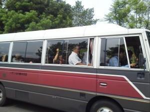 6月8日、基礎演習Ⅰの川瀬ゼミ生たちが綾サイクリングターミナルでの宿泊研修に出発しました~。