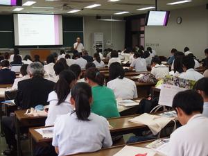 入学試験部会長による大学概要・入試説明.JPG
